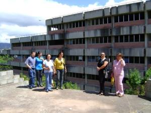 Visitando el edificio 6